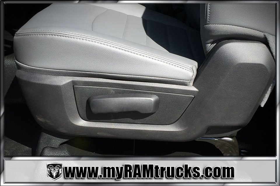 2018 Ram 3500 Regular Cab DRW, Cab Chassis #8T5033 - photo 12
