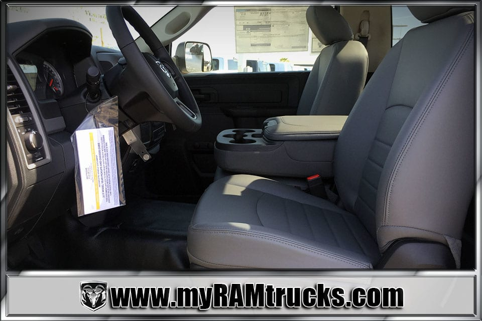 2018 Ram 3500 Regular Cab DRW, Cab Chassis #8T5033 - photo 18