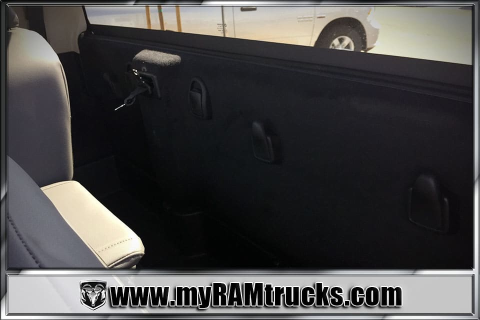 2018 Ram 3500 Regular Cab DRW, Cab Chassis #8T5033 - photo 19