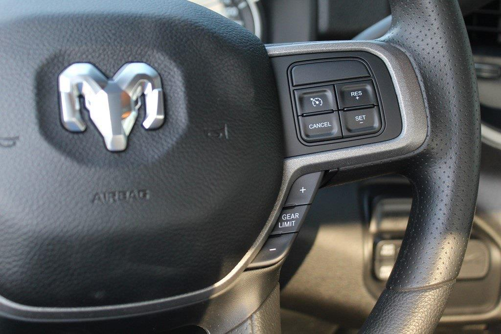 2021 Ram 5500 Regular Cab DRW 4x4,  Cab Chassis #1U9059 - photo 18