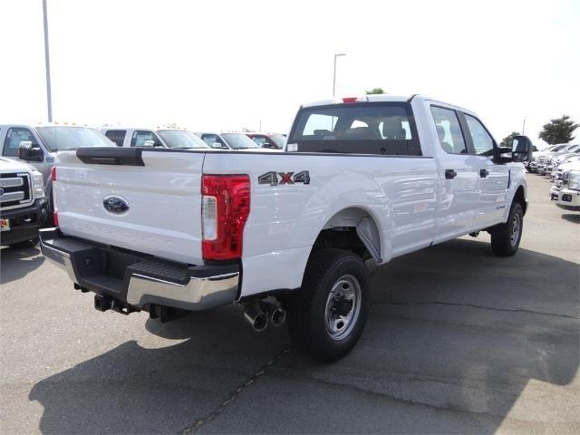 2017 F-250 Crew Cab 4x4, Pickup #FH0574 - photo 4