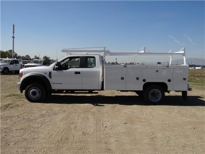2017 F-550 Super Cab DRW, Scelzi Signature Service Service Body #FH2877 - photo 3