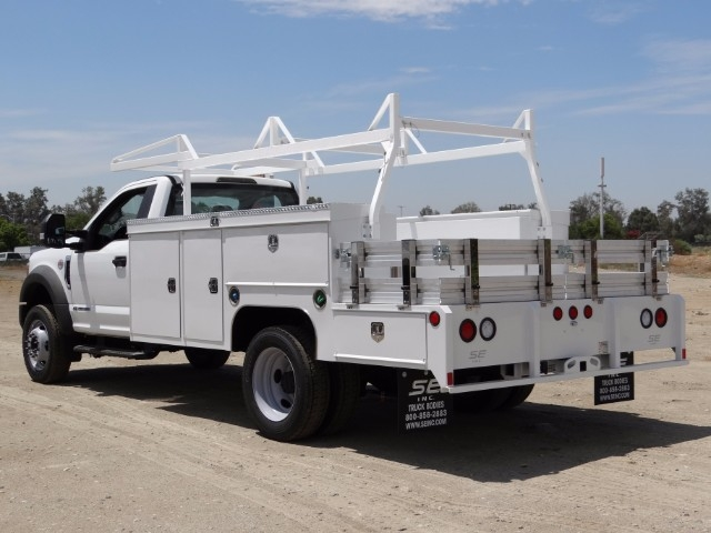 2017 F-550 Regular Cab DRW, Scelzi Combo Body #FH4253 - photo 2