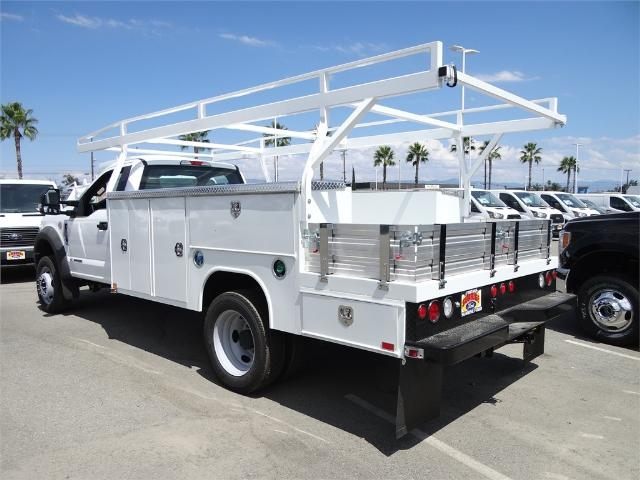 2017 F-550 Regular Cab DRW, Harbor Combo Body #FH4913 - photo 2