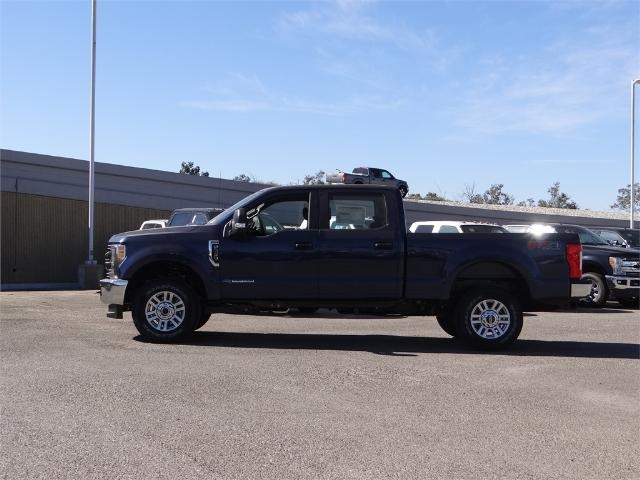 2017 F-250 Crew Cab 4x4,  Pickup #FH5400 - photo 3