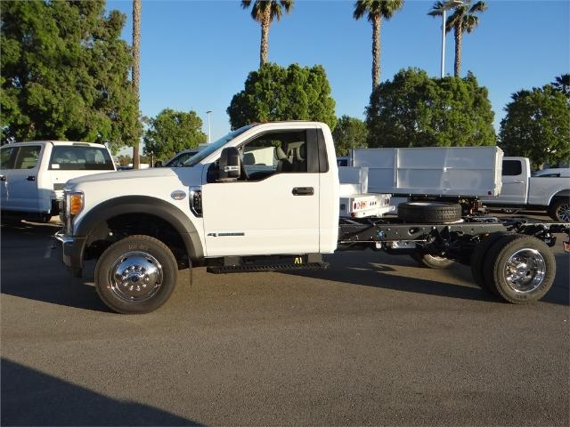 2017 F-450 Regular Cab DRW, Cab Chassis #FH6016 - photo 3