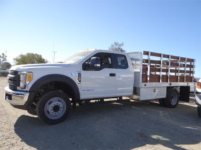2017 F-450 Super Cab DRW, Scelzi Stake Bed #FH6270 - photo 3