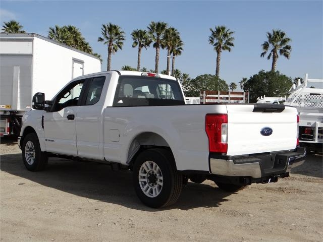 2018 F-250 Super Cab 4x2,  Pickup #FJ1114 - photo 2