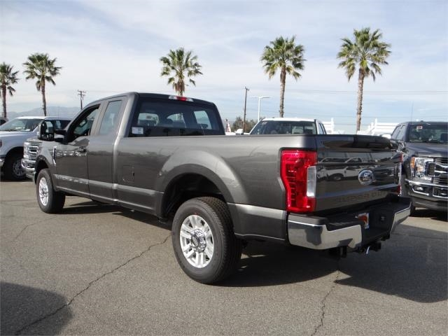 2018 F-250 Super Cab 4x2,  Pickup #FJ1167 - photo 2
