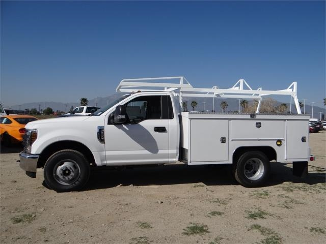 2018 F-350 Regular Cab DRW, Scelzi Signature Service Service Body #FJ1836 - photo 3