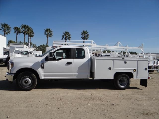 2018 F-350 Super Cab DRW,  Scelzi Service Body #FJ1837 - photo 3