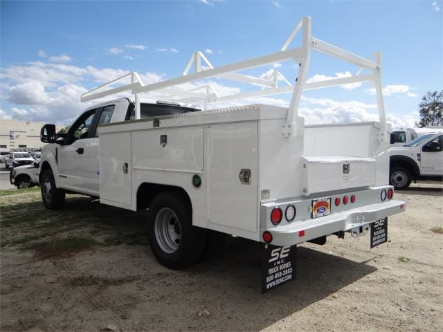 2018 F-350 Super Cab DRW 4x2,  Scelzi Signature Service Service Body #FJ2275 - photo 2