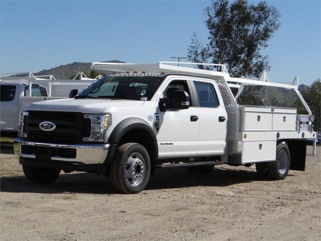2018 F-550 Crew Cab DRW 4x2,  Scelzi Contractor Flatbed Contractor Body #FJ2469 - photo 1