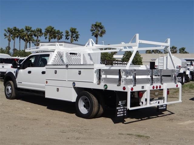 2018 F-550 Crew Cab DRW 4x2,  Scelzi Contractor Flatbed Contractor Body #FJ2469 - photo 2