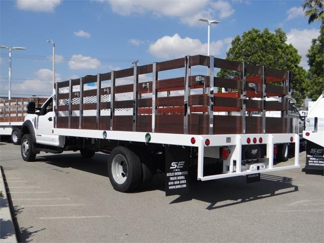 2018 F-550 Regular Cab DRW 4x2,  Scelzi Western Flatbed Stake Bed #FJ2479 - photo 2