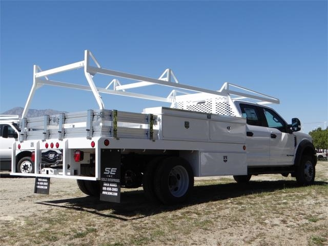 2018 F-550 Crew Cab DRW 4x2,  Scelzi Contractor Body #FJ2537 - photo 4