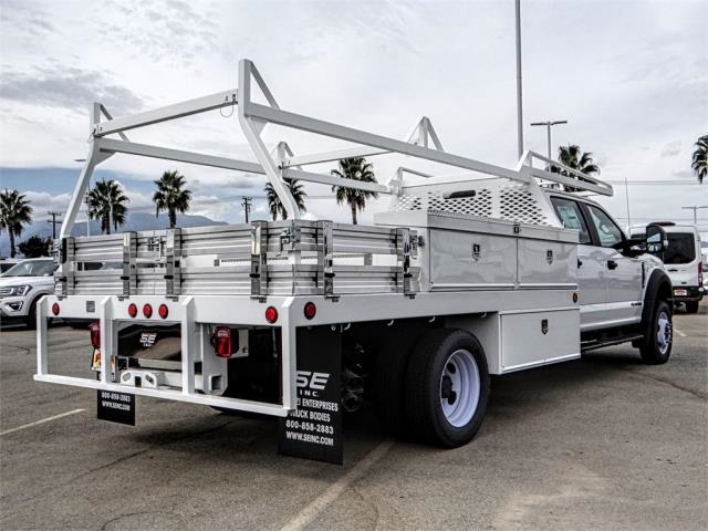 2018 F-550 Crew Cab DRW 4x2,  Scelzi Contractor Body #FJ2852 - photo 4