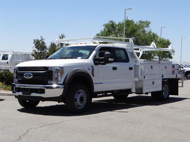 2018 F-450 Crew Cab DRW 4x2,  Scelzi Contractor Flatbed Contractor Body #FJ2944 - photo 1