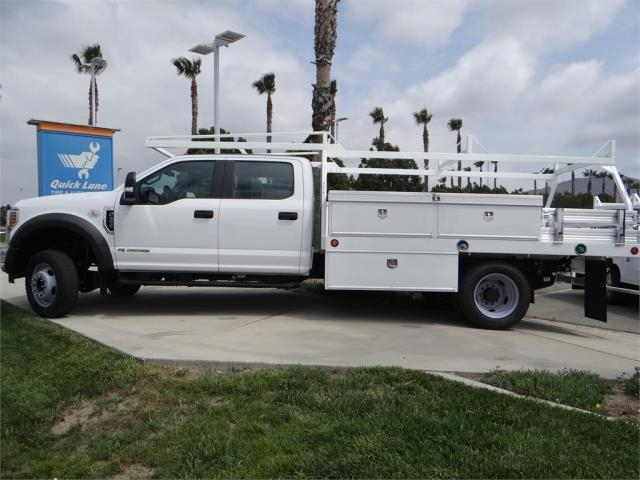 2018 F-450 Crew Cab DRW 4x2,  Scelzi Contractor Body #FJ2999 - photo 3