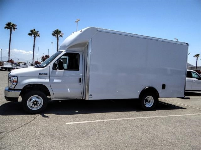 2018 E-450 4x2,  Supreme Cutaway Van #FJ3171 - photo 3