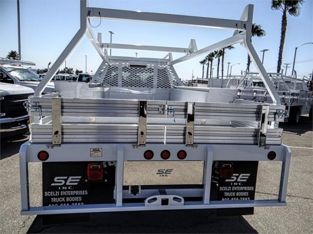 2018 F-550 Super Cab DRW 4x2,  Scelzi Contractor Body #FJ3205 - photo 9