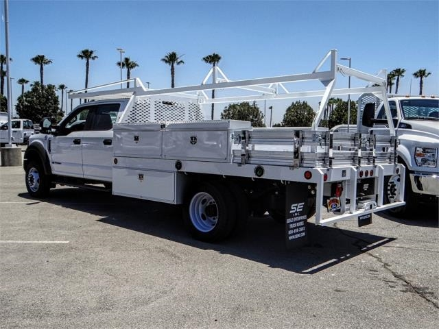2018 F-550 Crew Cab DRW 4x2,  Scelzi Contractor Body #FJ3406 - photo 2