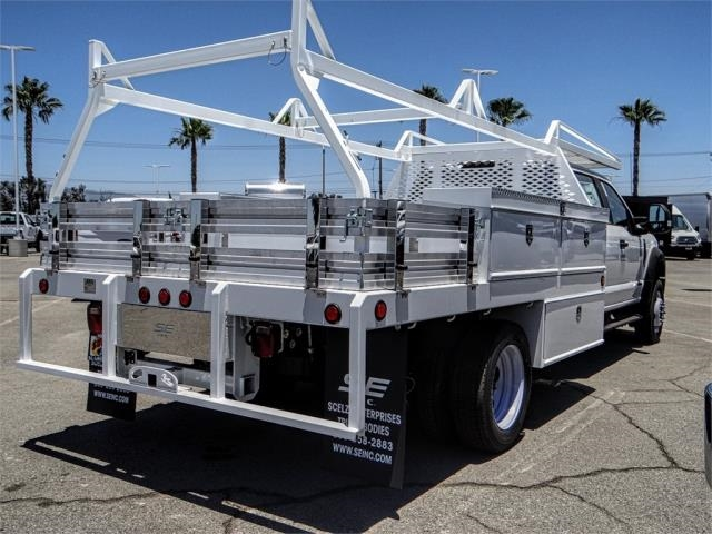 2018 F-550 Crew Cab DRW 4x2,  Scelzi Contractor Body #FJ3406 - photo 4