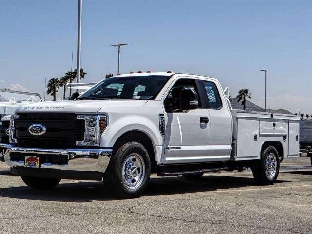 2018 F-350 Super Cab 4x2,  Scelzi Signature Service Body #FJ3409 - photo 1