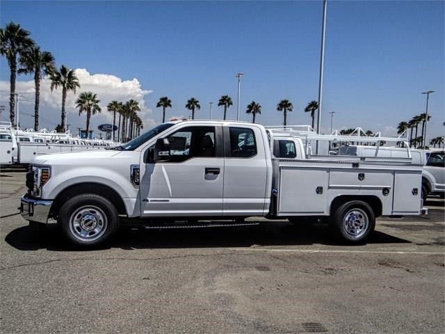 2018 F-350 Super Cab 4x2,  Scelzi Service Body #FJ3409 - photo 3