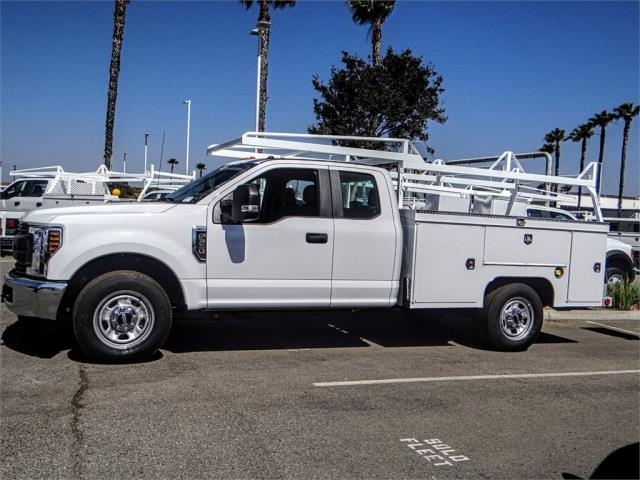 2018 F-350 Super Cab 4x2,  Scelzi Signature Service Service Body #FJ3508 - photo 3