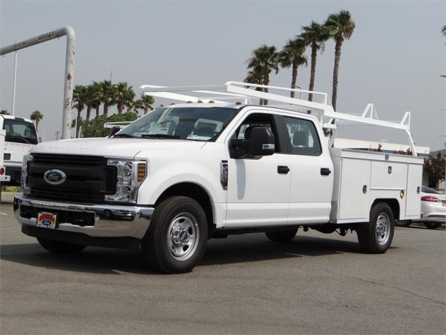 2018 F-350 Crew Cab 4x2,  Scelzi Signature Service Body #FJ3807 - photo 1