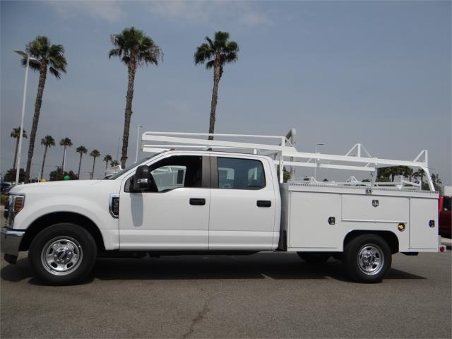 2018 F-350 Crew Cab 4x2,  Scelzi Signature Service Body #FJ3807 - photo 3