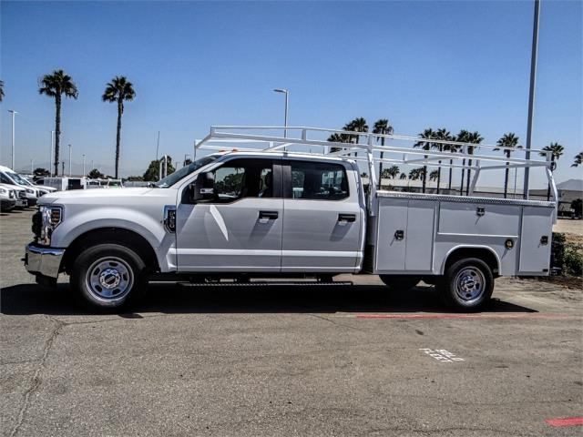 2018 F-350 Crew Cab 4x2,  Harbor Service Body #FJ3833 - photo 3