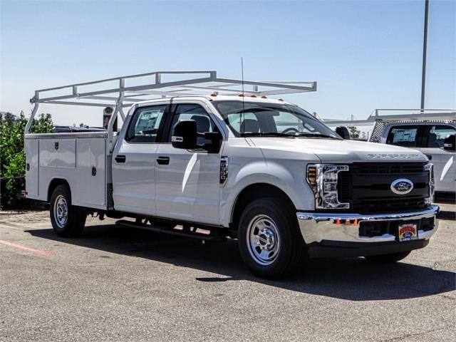 2018 F-350 Crew Cab 4x2,  Harbor Service Body #FJ3833 - photo 6