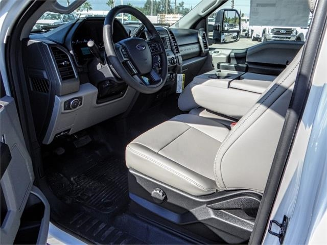 2019 F-550 Regular Cab DRW 4x2,  Cab Chassis #FK0402 - photo 8
