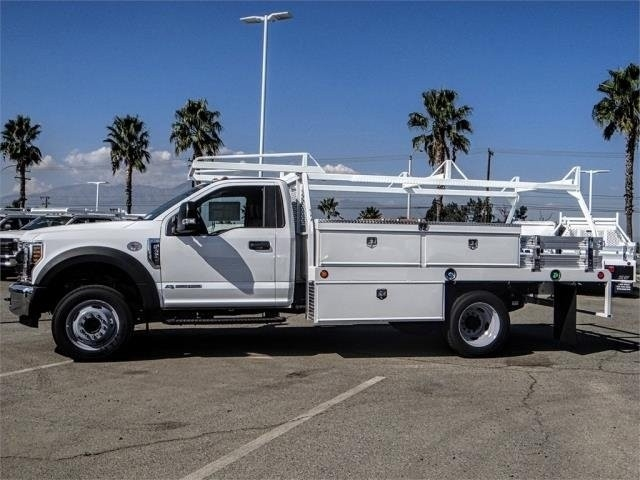 2019 F-550 Regular Cab DRW 4x2,  Contractor Body #FK0419 - photo 3
