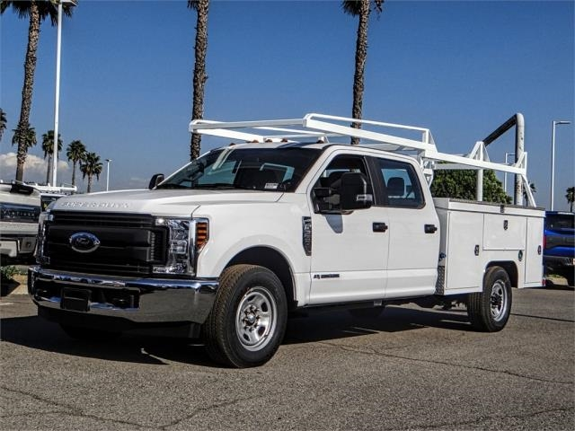 2019 F-350 Crew Cab 4x2,  Scelzi Signature Service Body #FK0571 - photo 1