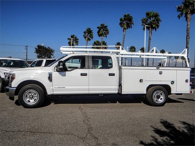 2019 F-350 Crew Cab 4x2,  Scelzi Signature Service Body #FK0571 - photo 3