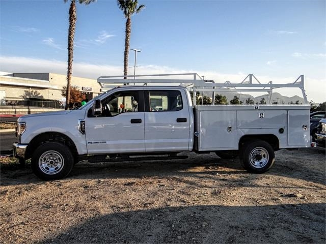 2019 F-350 Crew Cab 4x4,  Scelzi Signature Service Body #FK1427 - photo 3