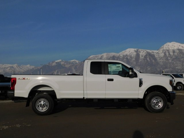 2019 F-250 Super Cab 4x4,  Pickup #1F90216 - photo 3