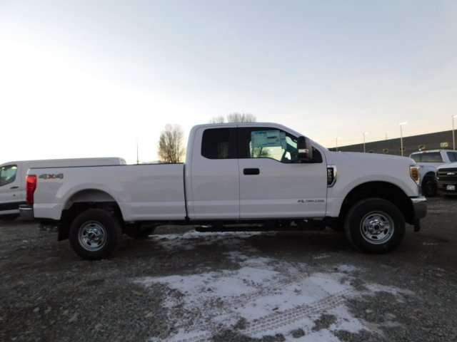 2019 F-250 Super Cab 4x4,  Pickup #1F90218 - photo 3