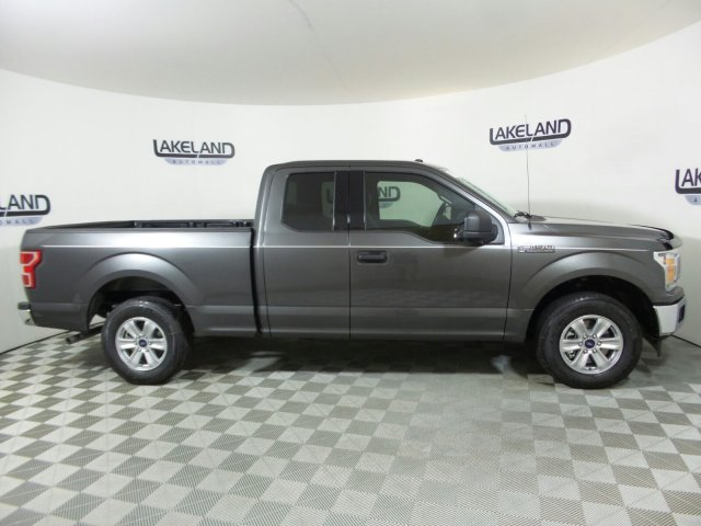 2018 F-150 Super Cab 4x2,  Pickup #18T1141 - photo 4