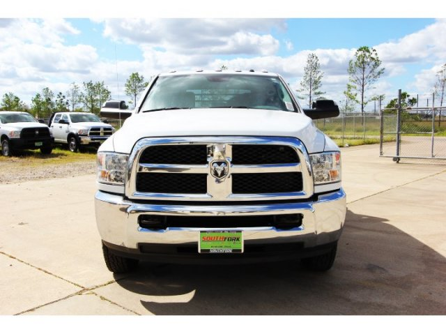 2017 Ram 3500 Crew Cab DRW 4x4,  Platform Body #HG758788 - photo 3