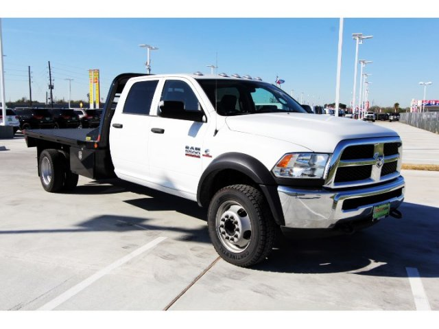 2017 Ram 5500 Crew Cab DRW 4x4, Platform Body #HG773179 - photo 9