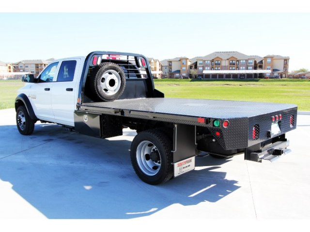 2017 Ram 5500 Crew Cab DRW 4x4, Platform Body #HG773179 - photo 6