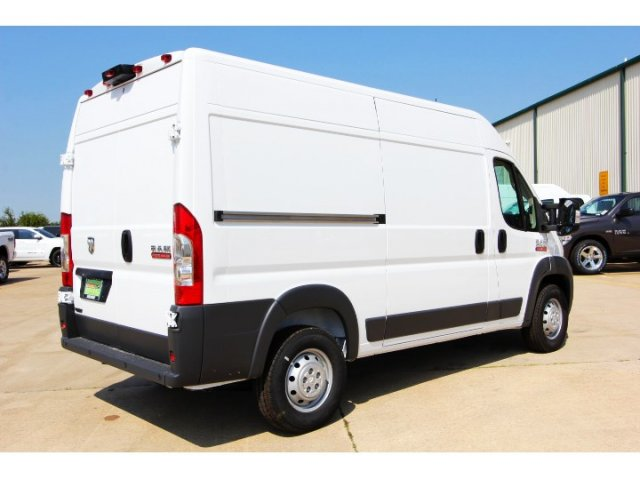 2018 ProMaster 2500 High Roof 4x2,  Empty Cargo Van #JE108752 - photo 2