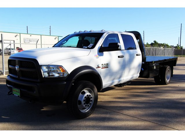 2018 Ram 4500 Crew Cab DRW 4x4,  Platform Body #JG320490 - photo 4