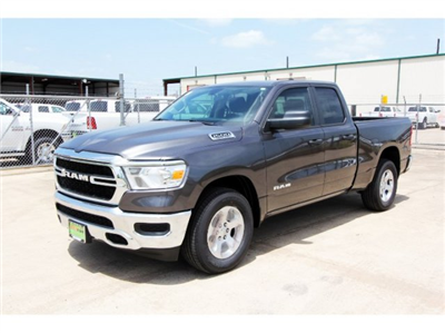 2019 Ram 1500 Quad Cab 4x2,  Pickup #KN600791 - photo 4