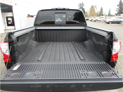 2018 Titan Crew Cab,  Pickup #8N0094 - photo 7