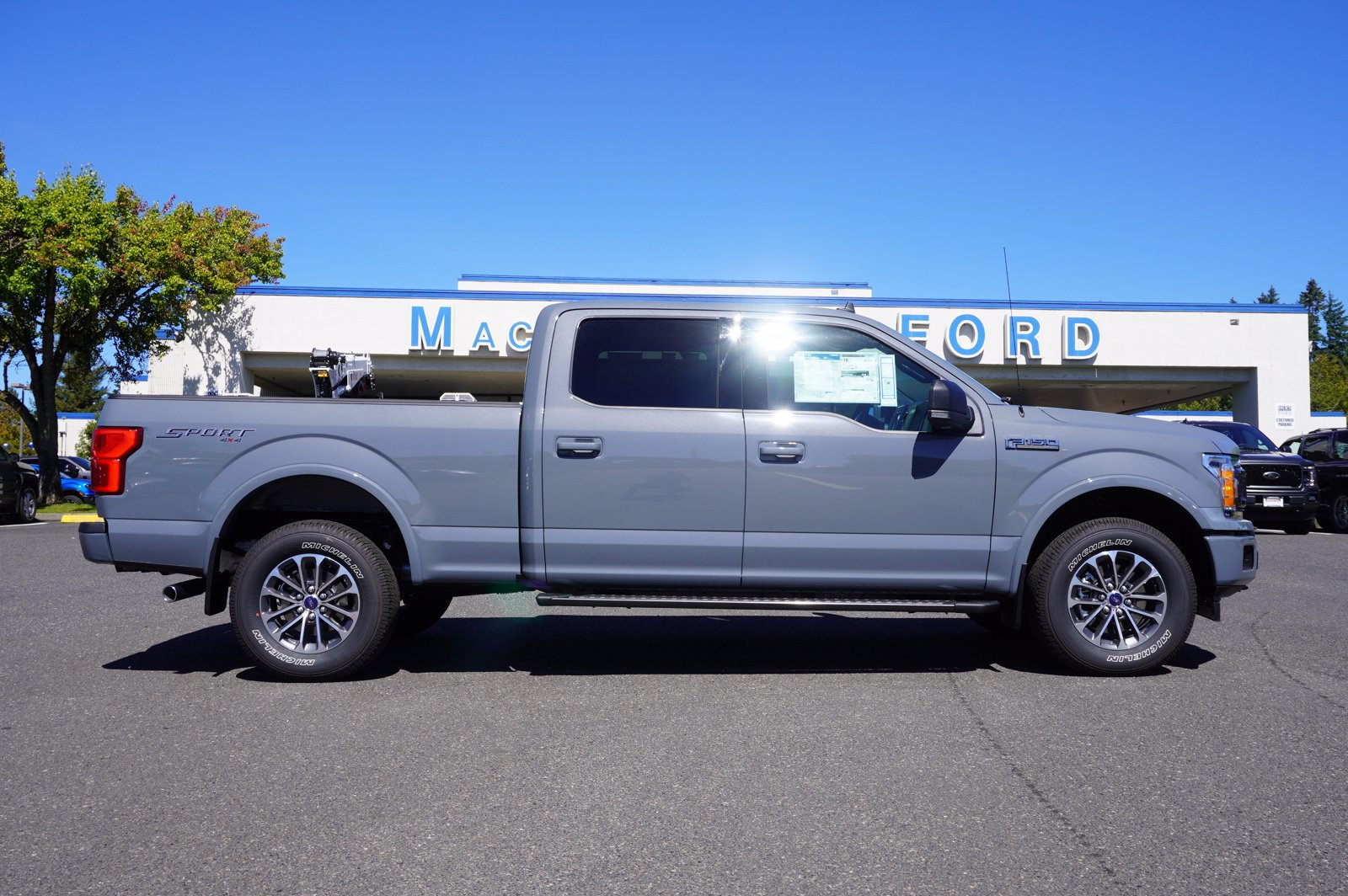2020 Ford F-150 SuperCrew Cab 4x4, Pickup #209549 - photo 1
